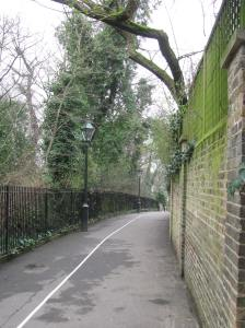 We started on run in Holland Park. Actually this is Holland Walk, just outside of the park.