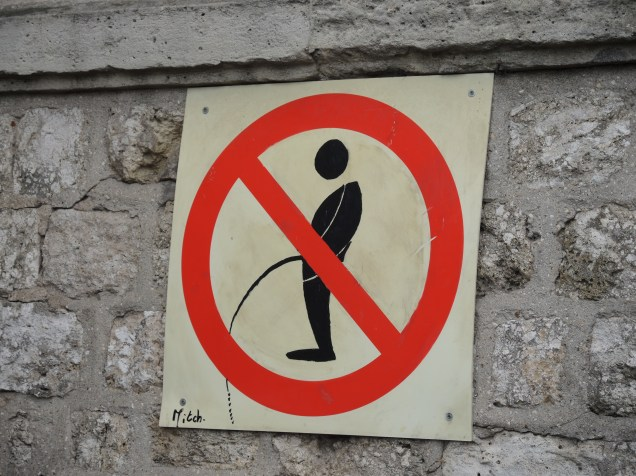 A sign in Paris