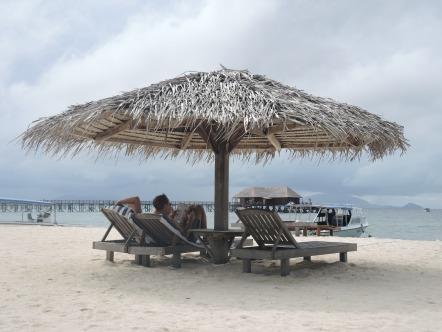 Fellow readers on Mabul Island.