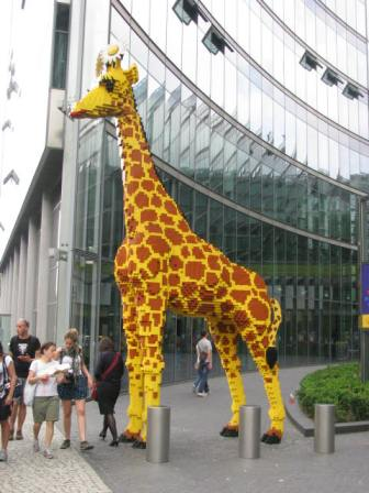 A Lego giraffe in Potsdamer Platz